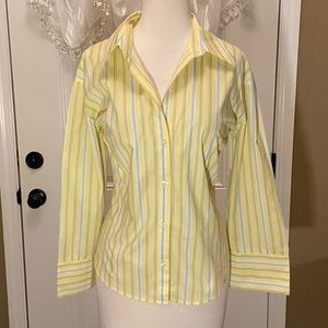 New York & Company Yellow/Blue/White Size XL Top